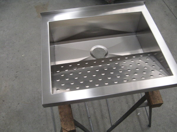lavatoio in acciaio inox per abitazione